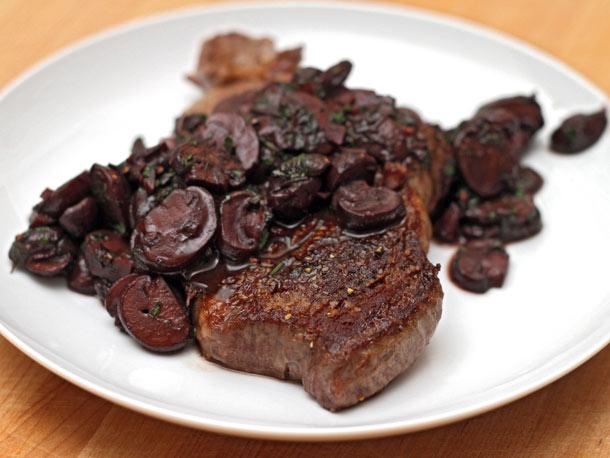 ... » Recipes & Wine Pairing community » Steak with Red Wine Mushrooms